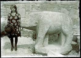 Unidos Podemos propone que los jardines del Museo Arqueológico Nacional lleven el nombre de la primera arqueóloga española