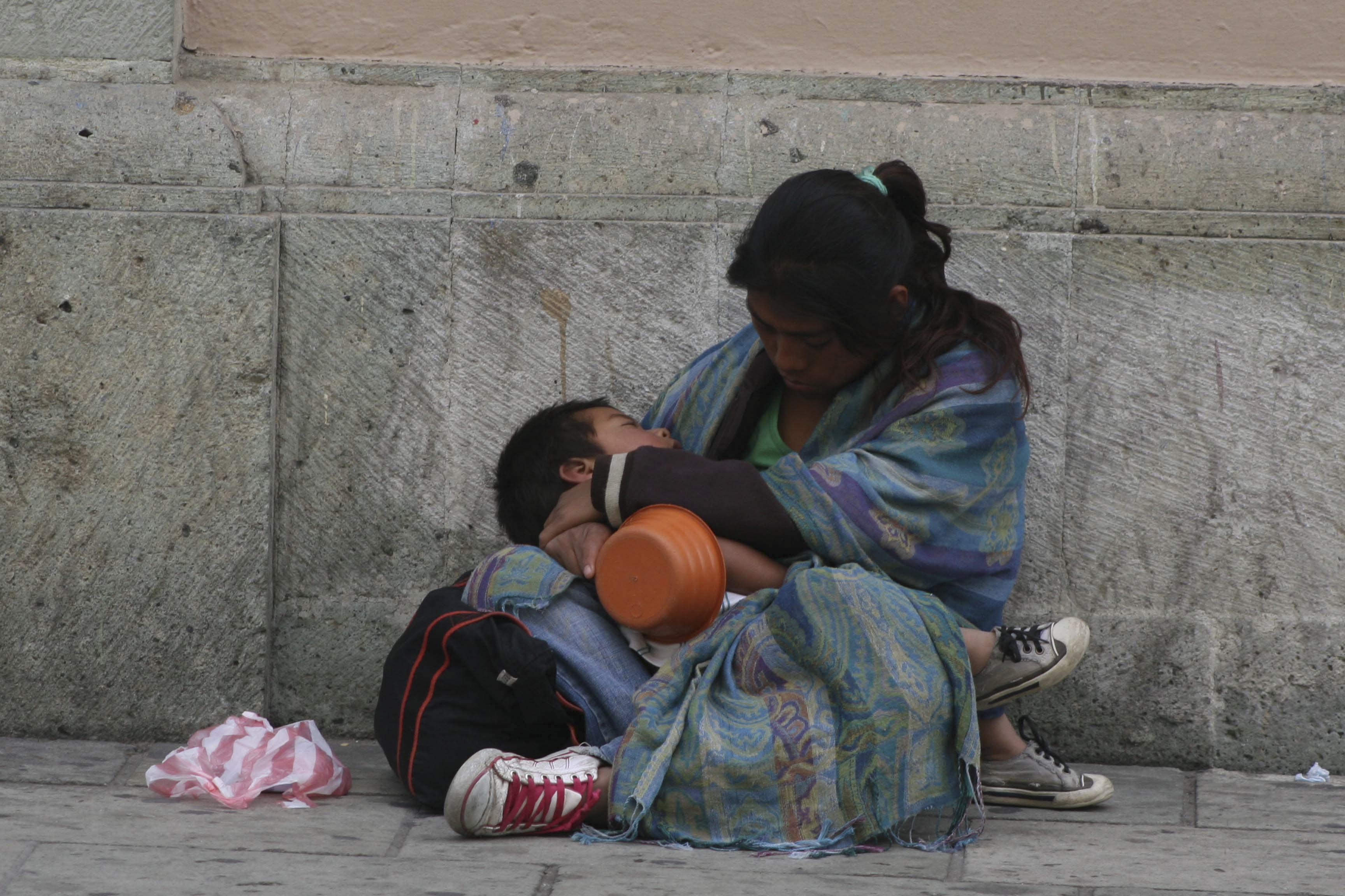 """Mantener a los pobres """"en su lugar"""""""