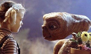 Mahluk luar angkasa dalam film ET