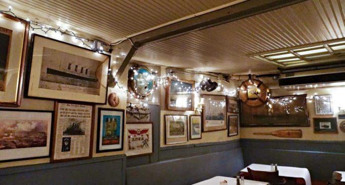 year_In_hotel_inner_part restaurant