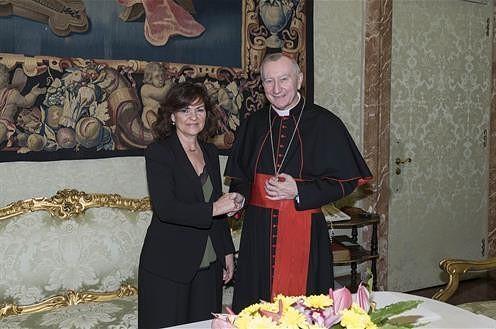 La vicepresidenta del Gobierno se reúne con el secretario de Estado del Vaticano