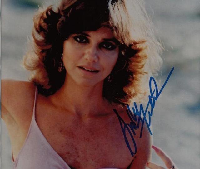 Lot 4051 Very Rare Sexy Sally Field Signed  Photograph