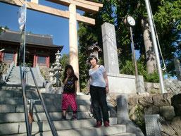 早朝に神社へ上達祈願に行きました。