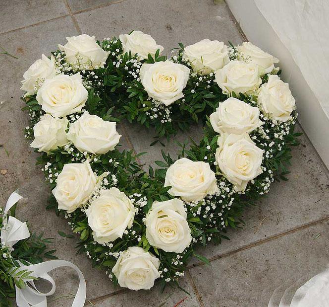 Blumenschmuck Brautauto Wie Schmucke Ich Ein Hochzeitsauto 2020