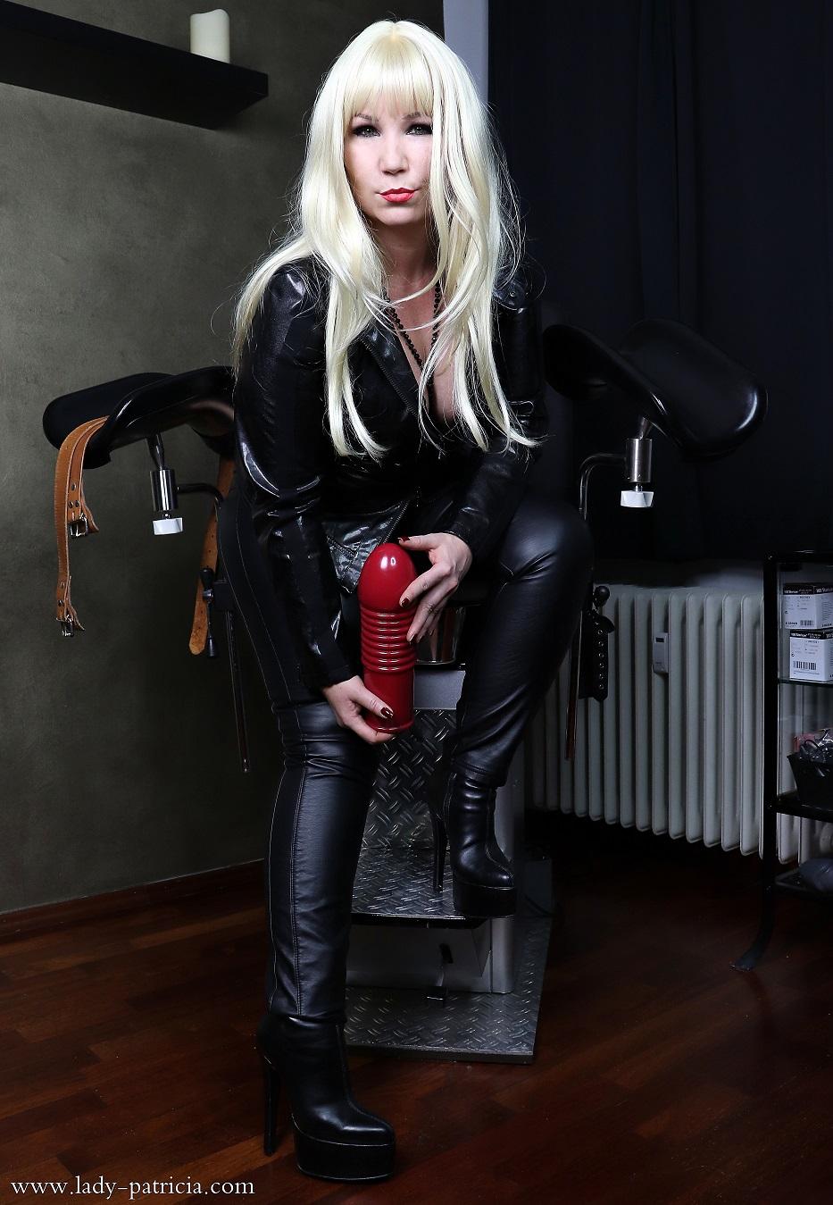 Lady Patricia Die Domina Und Fetishlady Im Raum Trier