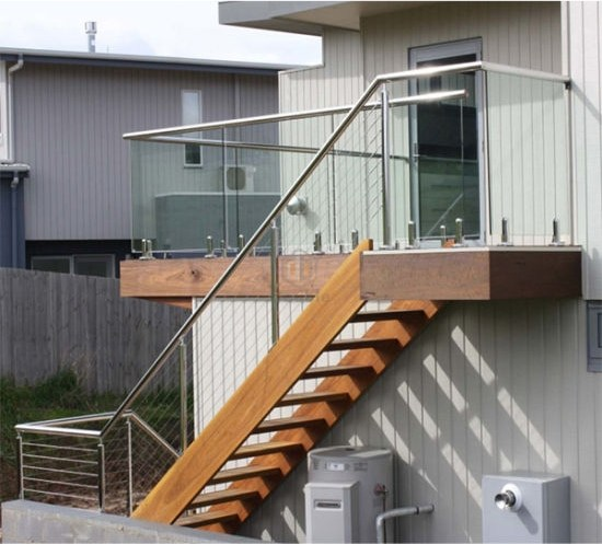 Wooden Staircase Ladder With Stainless Steel Cable Railing | Metal Railing Stairs Outdoor | Stair Treads | Aluminum | Railing Ideas | Wrought Iron | Spiral Staircase