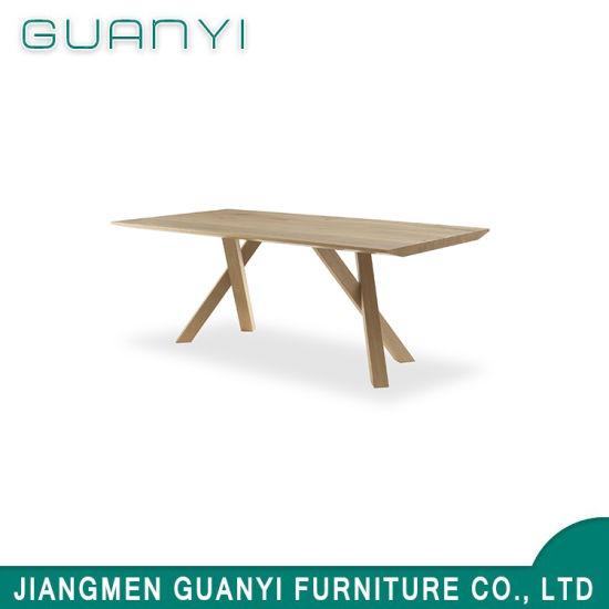 cuisine moderne en bois massif table