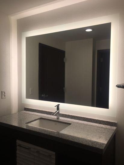 Chine Smart Multi Fonction Miroir De Salle De Bains Retroeclaire Par Led Acheter Voyant Led Miroir Sur Fr Made In China Com