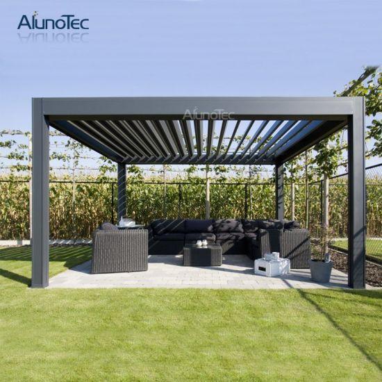 patio jardin avec gazebo rideau