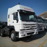 China White Color Used Howo 6x4 371hp Tractor Truck Towing Truck Head Truck Clean Truck China Truck Used Trucks
