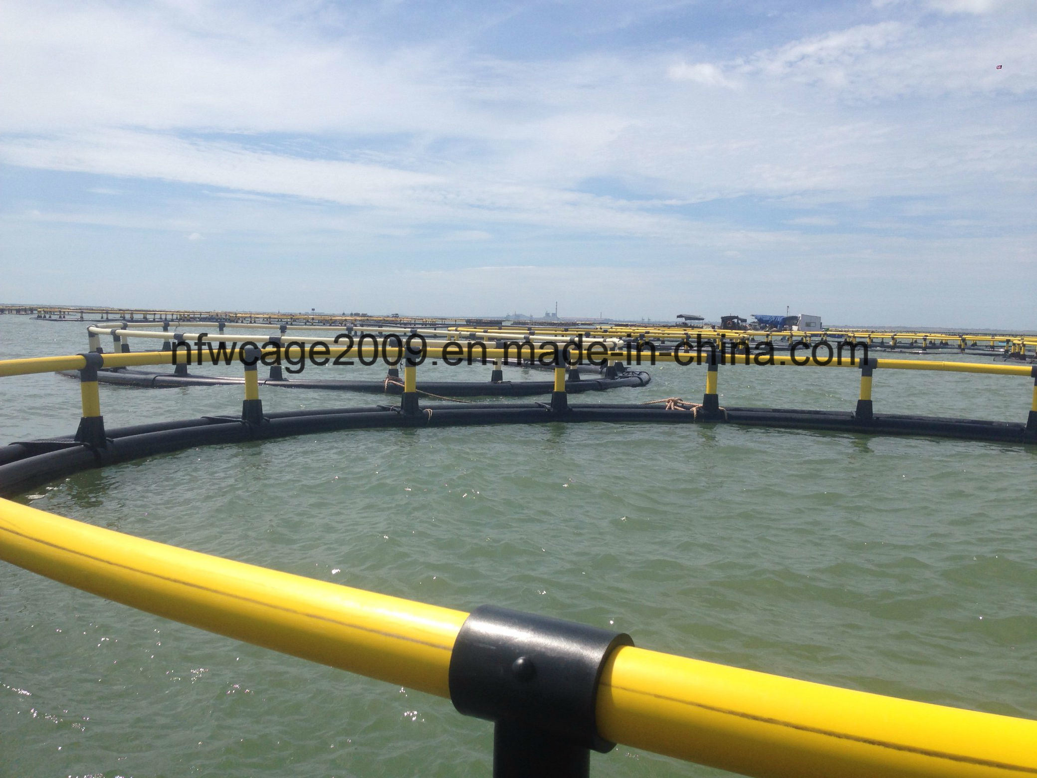 China Floating Hdpe Cage For Fish Farming Use On Lake