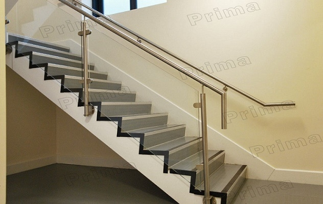 China Side Mounted Stainless Steel Glass Stair Railing China | Staircase Side Railing Designs | Stair Pattern | Simple | Residential | Italian | Entrance
