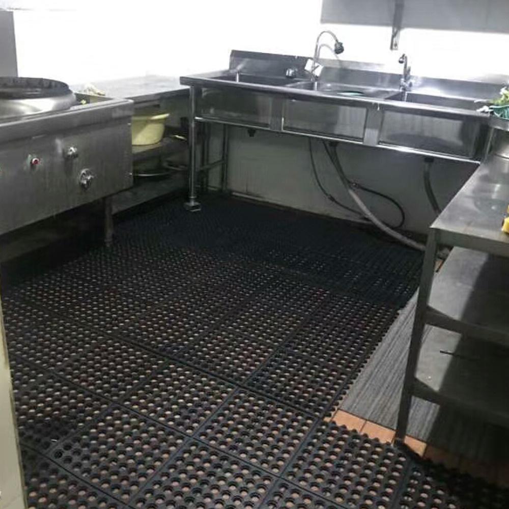 hot item anti slip holes hollow ring interlock restaurant commercial rubber kitchen floor mats