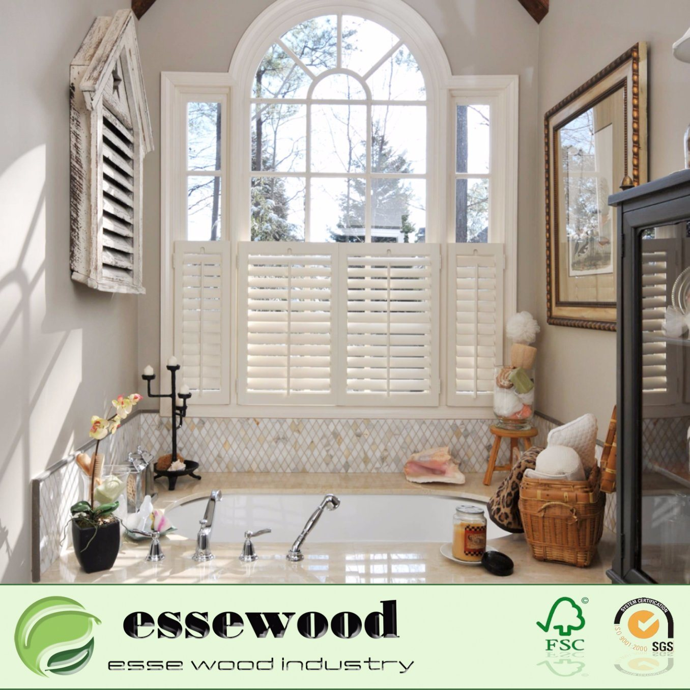 Hot Item Cafe Style Decorative Wood Cheap Plantation Louvered Shutter Window