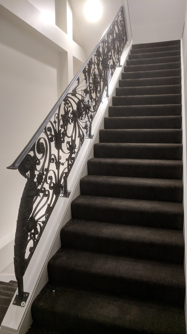 China Indoor Wrought Iron Stair Railing Interior Staircase | Interior Iron Stair Railing | Minimalist Simple Stair | Fancy | Staircase | Residential | Stair Outside