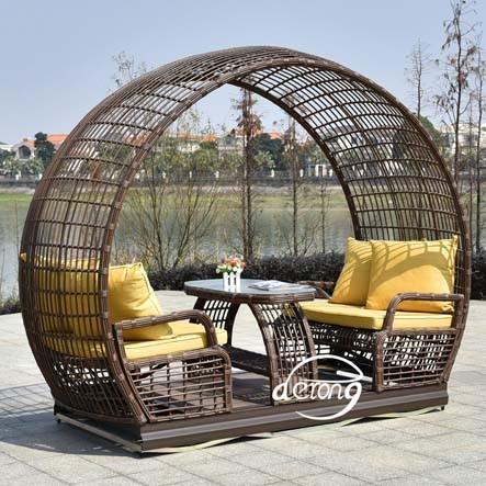 hot item outdoor furniture pe rattan waterproof garden 4 seat swing chair
