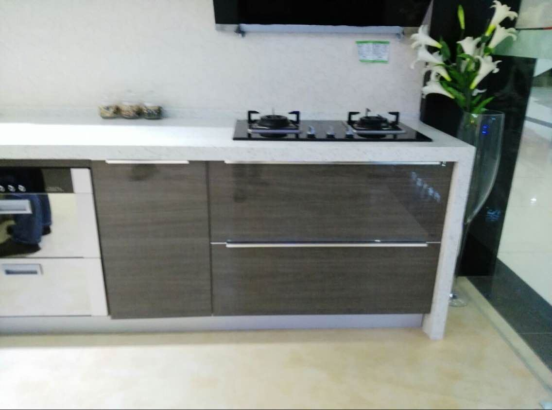 Hot Item 2015 Guanjia Contemporary Acrylic High Gloss Kitchen Cabinets