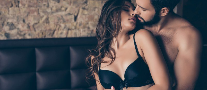 how often do married couples have sex