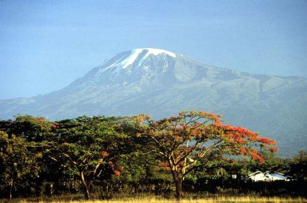 Snows Of Kilimanjaro Defy Global Warming Predictions