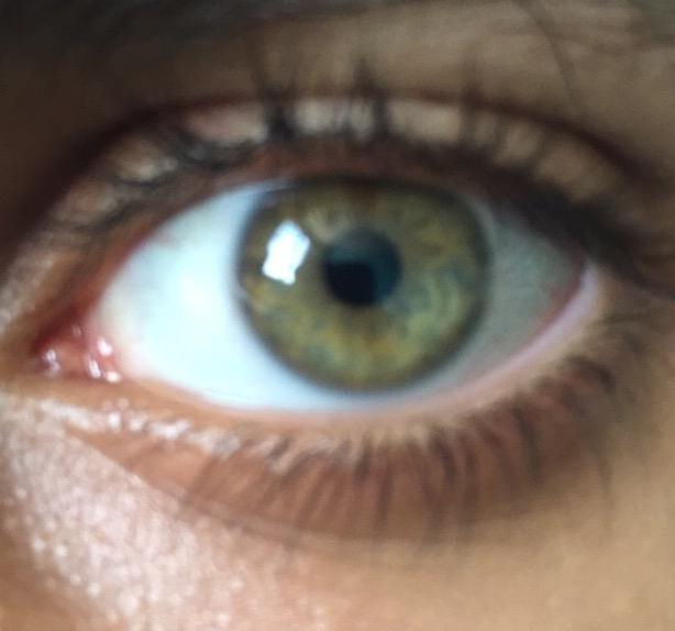qu pensez vous de cette couleur de yeux