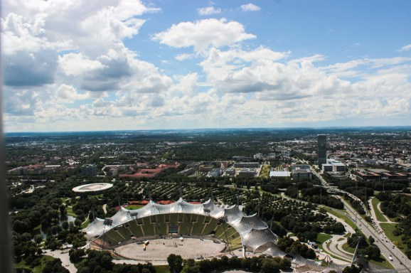 Olympiaturm, Olympiapark, Münih