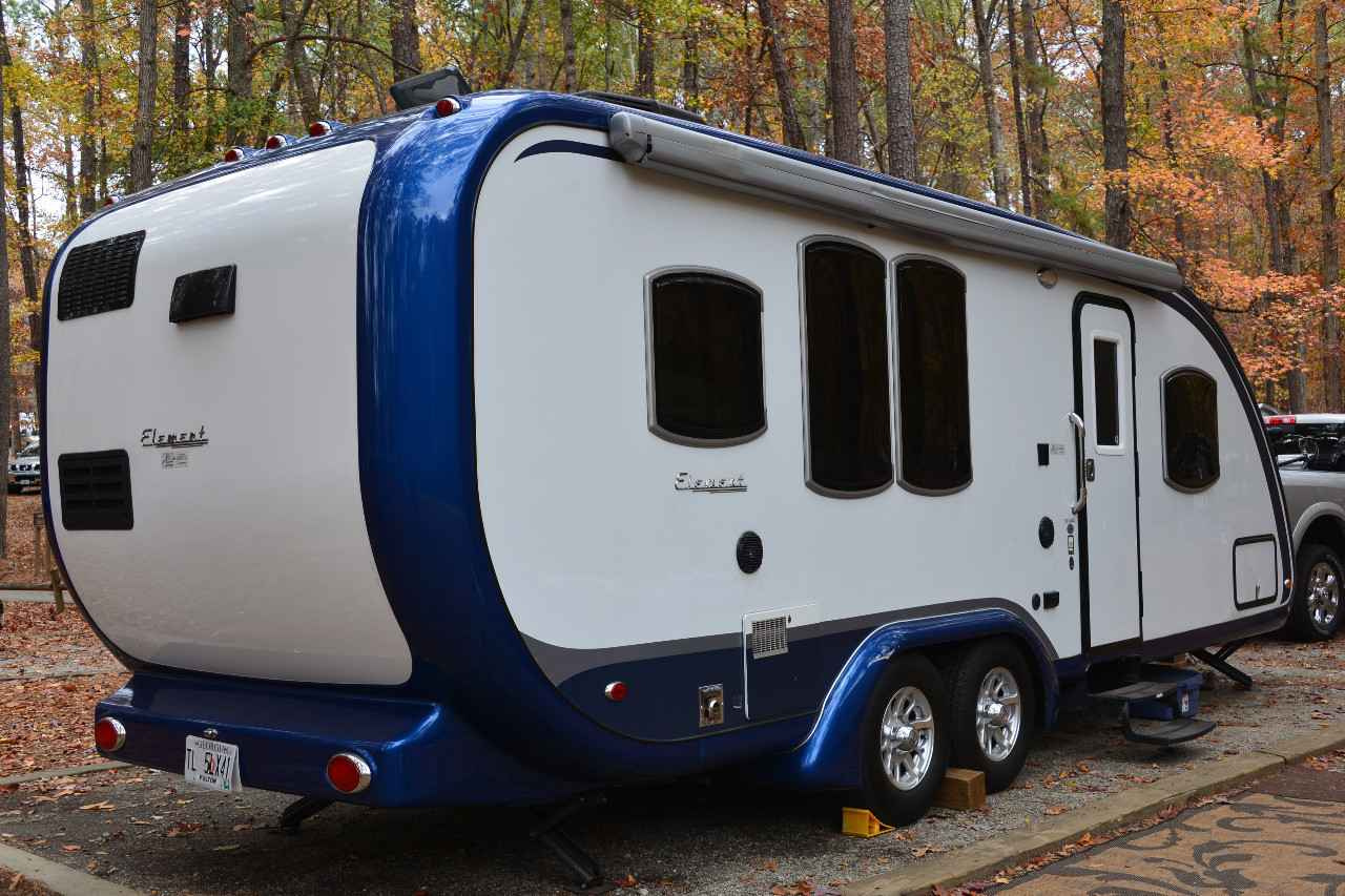 Slide Trailers Outs Travel