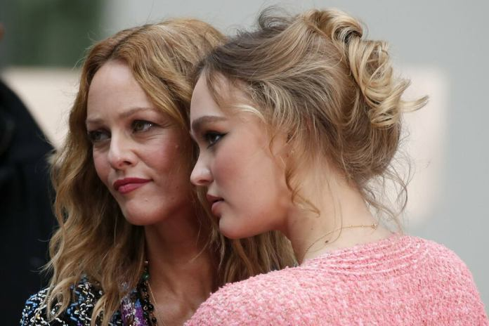 Vanessa Paradis (l) and daughter Lily-Rose Depp.