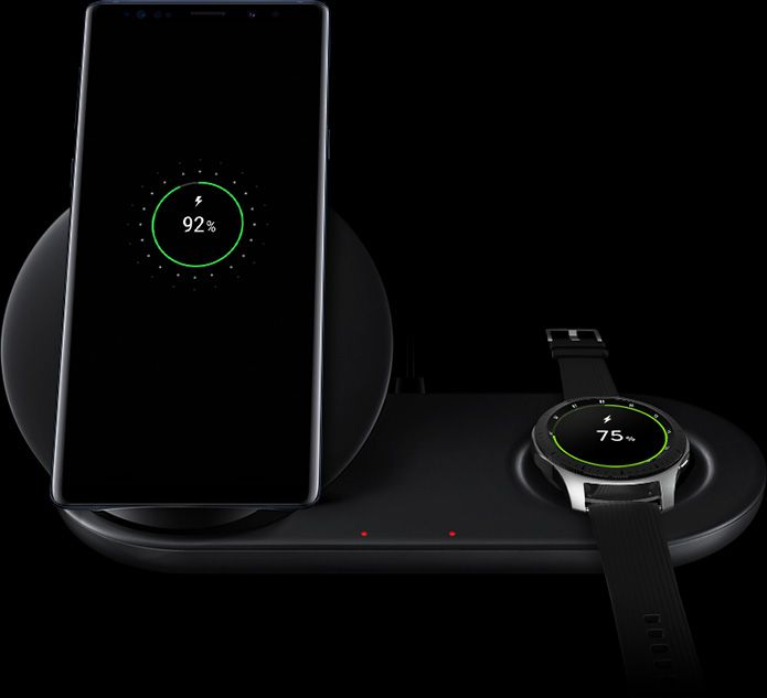Galaxy Note9 and Galaxy Watch on Wireless Charger Duo, with charging UI seen on both device screens