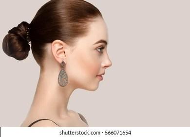 Visage Femme Profil High Res Stock Images Shutterstock