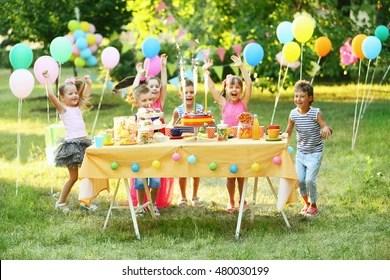 Outdoor Birthday Parties Images Stock Photos Vectors Shutterstock