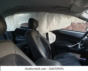 https www shutterstock com image photo clujnapocaclujromania1411 curtain airbags triggered result lateral 1563739591