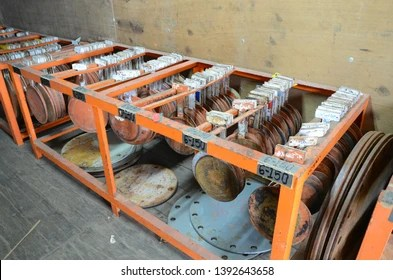 Weld-on flanges indicate components with projecting rims from the flange connection parts and are welded directly to the pipes. Blind Flange Images Stock Photos Vectors Shutterstock