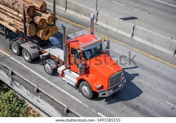 https www shutterstock com image photo red big rig american bonnet semi 1491585155