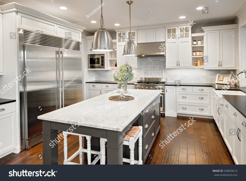 Luxury Houses Interior Kitchen