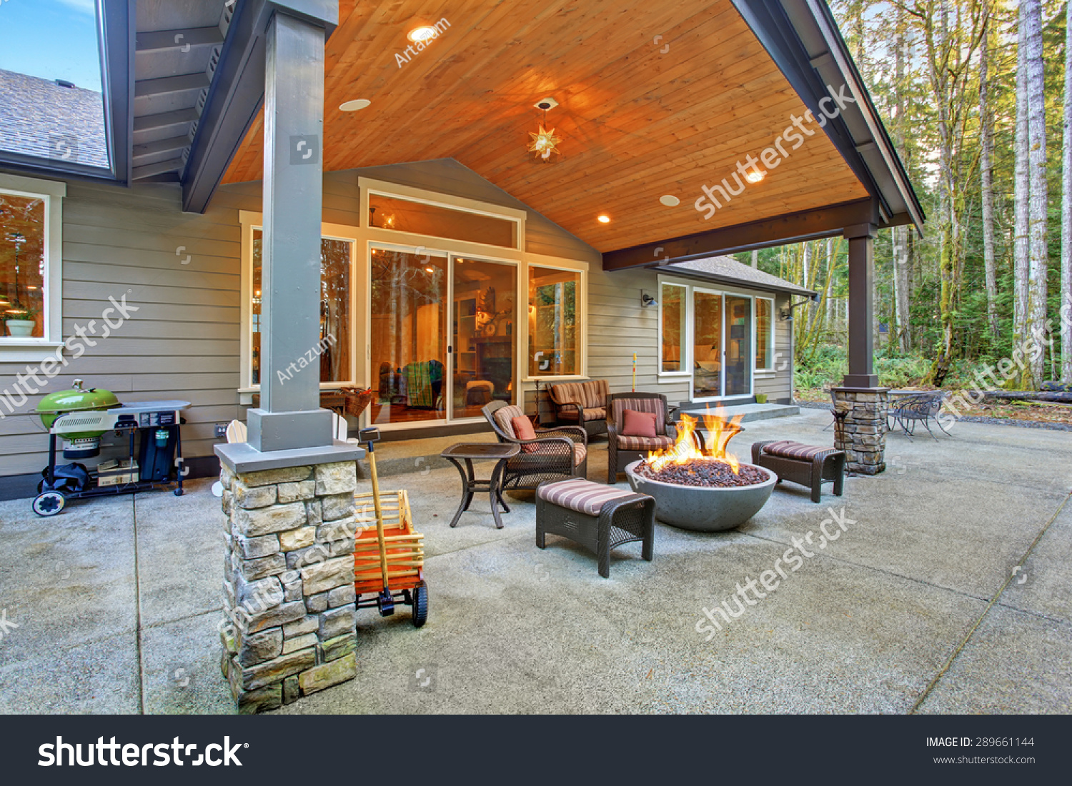 https www shutterstock com image photo large back yard grass covered patio 289661144
