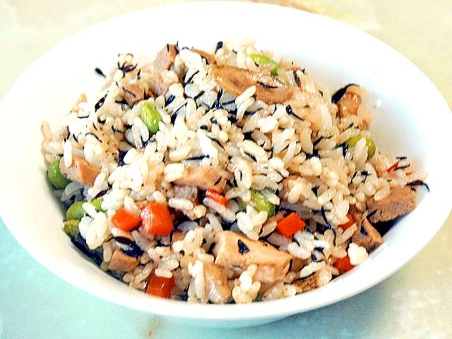鉄分たっぷり!高野豆腐とひじきの混ぜご飯♪