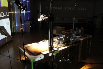 starsky_widerstand_live.video.lecture.linz_rob.le_08