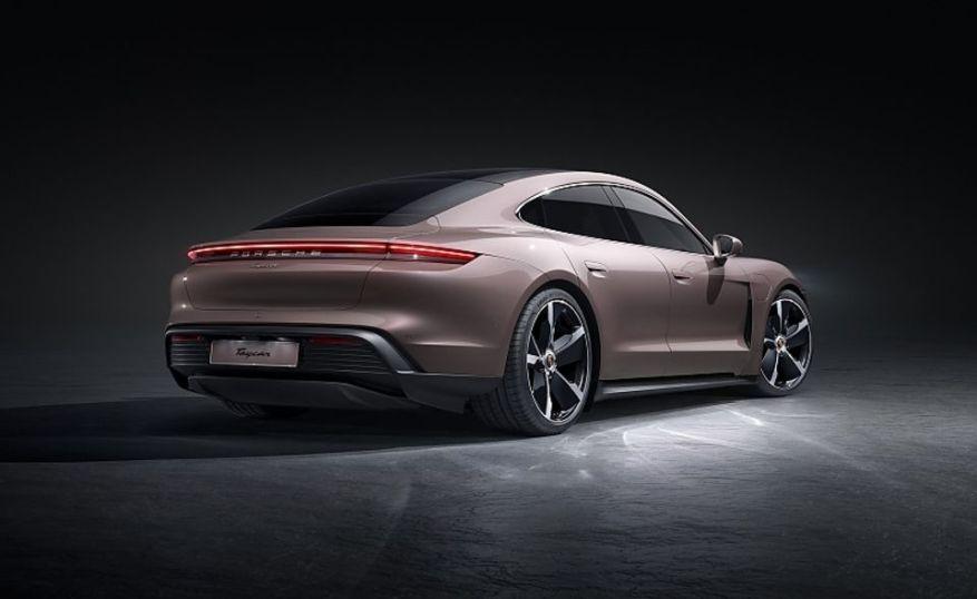 Porsche Taycan basic model 2021