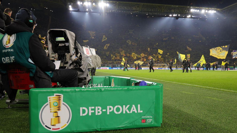https www stern de sport sportwelt sport kompakt borussia dortmund nach sieg in gladbach im pokal halbfinale 8575184 html