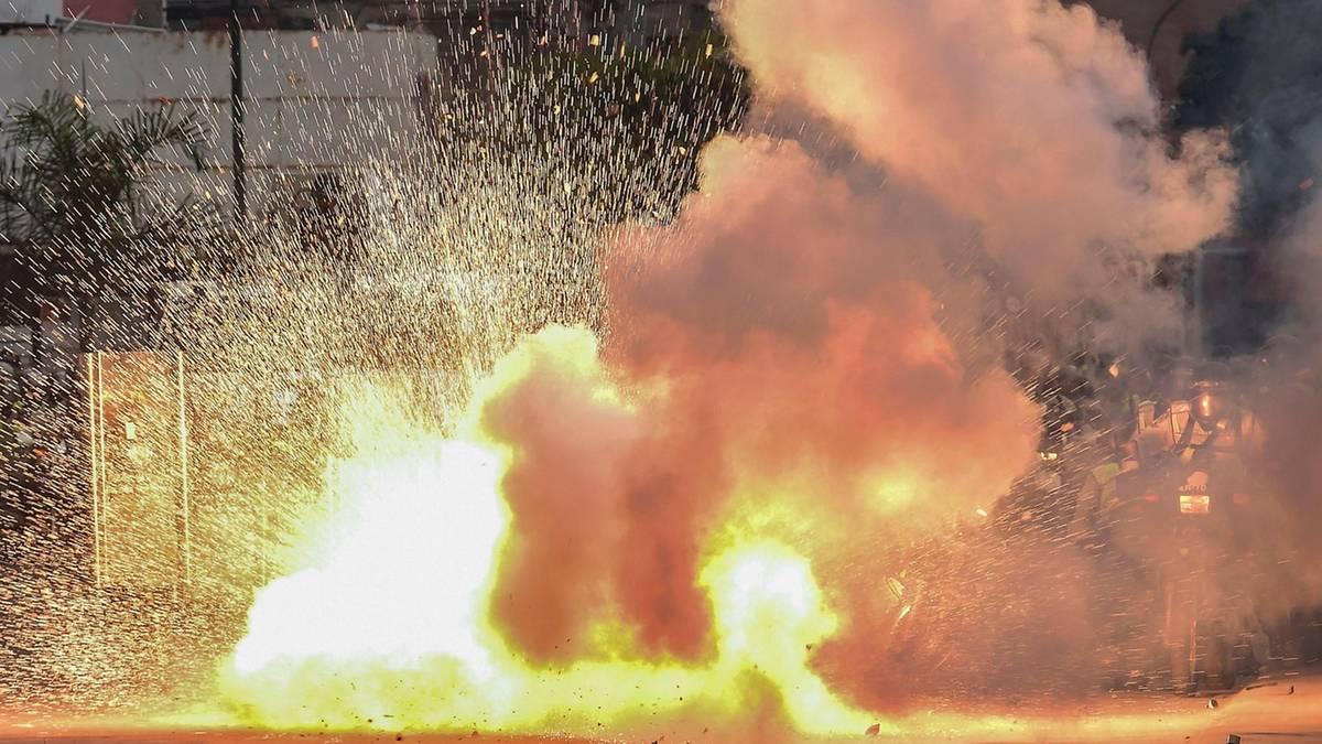venezuela-proteste-explosion.jpg