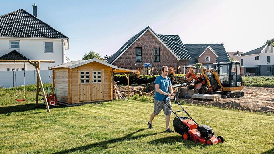 Garden maintenance, Pattensen (Lower Saxony)