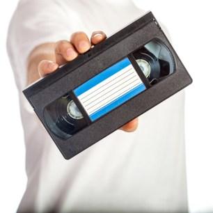 Ai o caseta VHS acasa? De ce spun expertii ca nu trebuie sa o ...