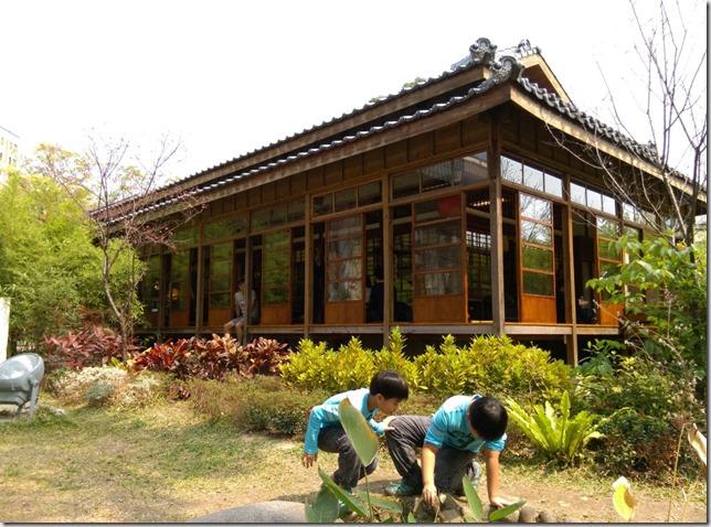 11_thumb4 台中-小書房 武道館旁鬧中取靜的飲茶空間