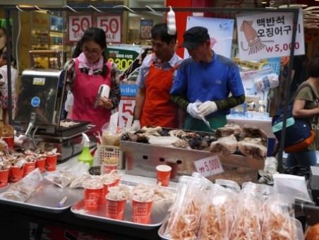 clip_image025 Seoul-明洞 購物天堂