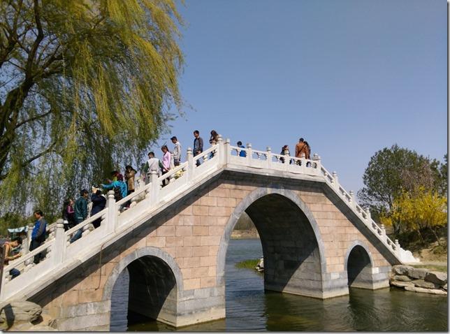 33_thumb2 Beijing-圓明園 英法聯軍毀的差不多了 但還是被列入世界文化遺產