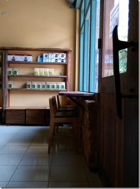 16_thumb3 竹北-直達咖啡 活潑優雅的咖啡空間
