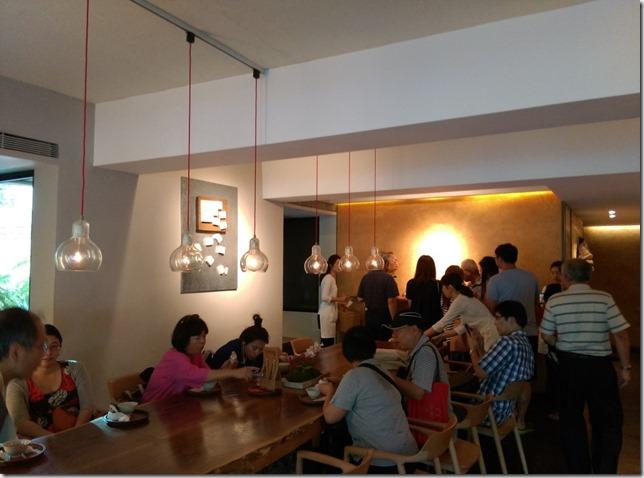 05_thumb2 松山-微熱山丘 喝茶 會朋友 吃鳳梨酥 把鳳梨酥當精品