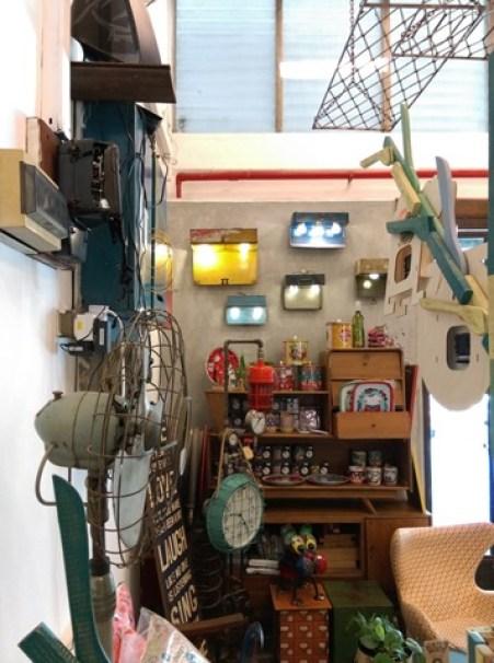 AEIOU20 Singapore-AEIOU 叮叮噹噹充滿手創鐵件木作特色咖啡廳