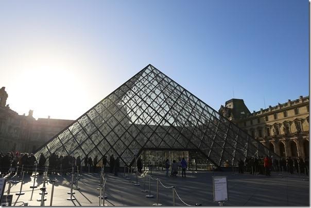 11111004_thumb-1 Paris-巴黎羅浮宮Musee du Louvre 藝術殿堂眼花撩亂看不完 一馬當先看蒙娜麗莎