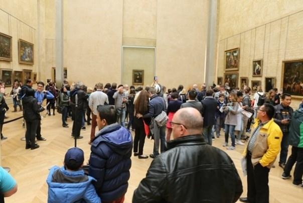 11111018 Paris-巴黎羅浮宮Musee du Louvre 藝術殿堂眼花撩亂看不完 一馬當先看蒙娜麗莎